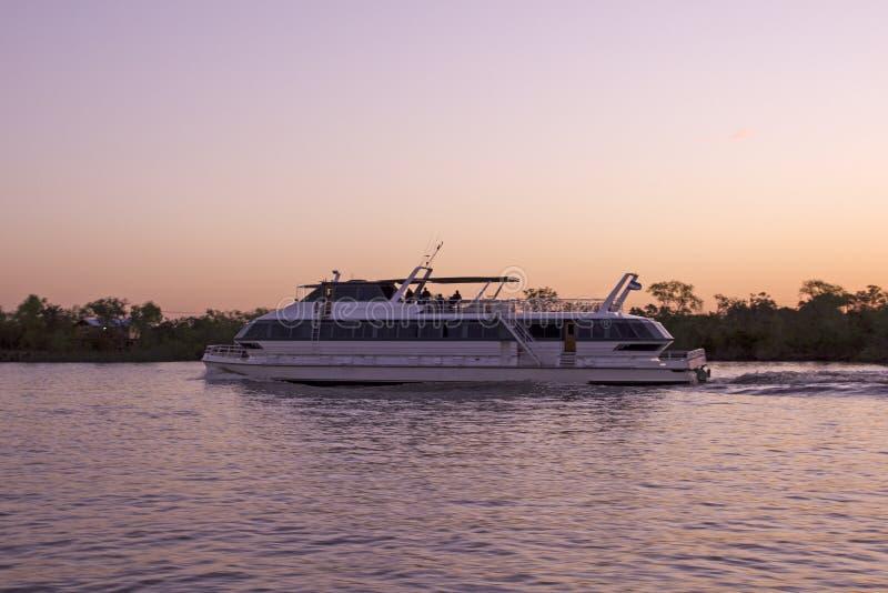 Navegación del transbordador entre Buenos Aires y Montevideo imágenes de archivo libres de regalías