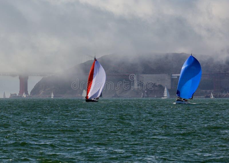 Navegación en bahía imagenes de archivo