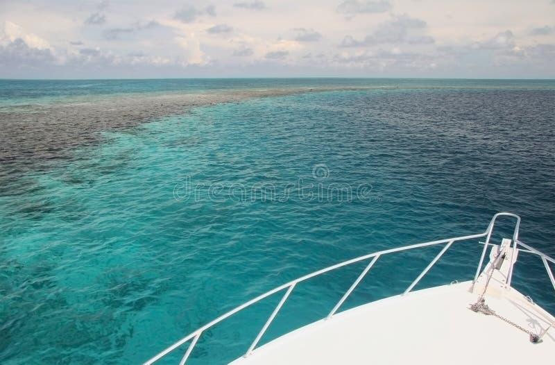 Navegación en el mar del Caribe foto de archivo libre de regalías