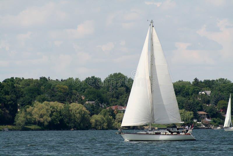 Navegación en la bahía fotos de archivo libres de regalías