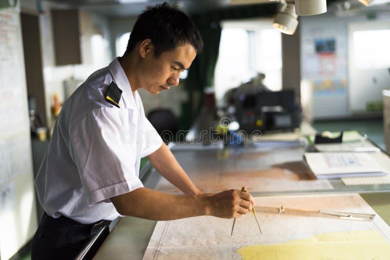 Navegador chino joven imagen de archivo