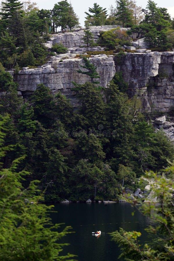 Navegantes los E.E.U.U. del lago Mohonk fotografía de archivo