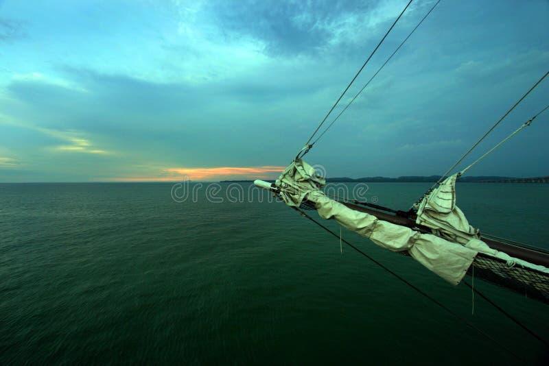 Navegue lejos en la tarde imágenes de archivo libres de regalías