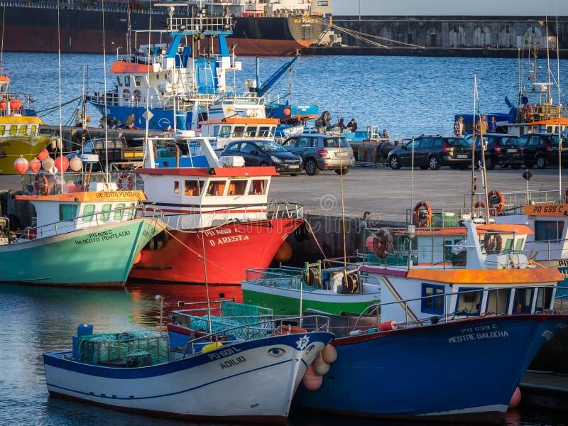Naves en Ponta Delgada imagen de archivo
