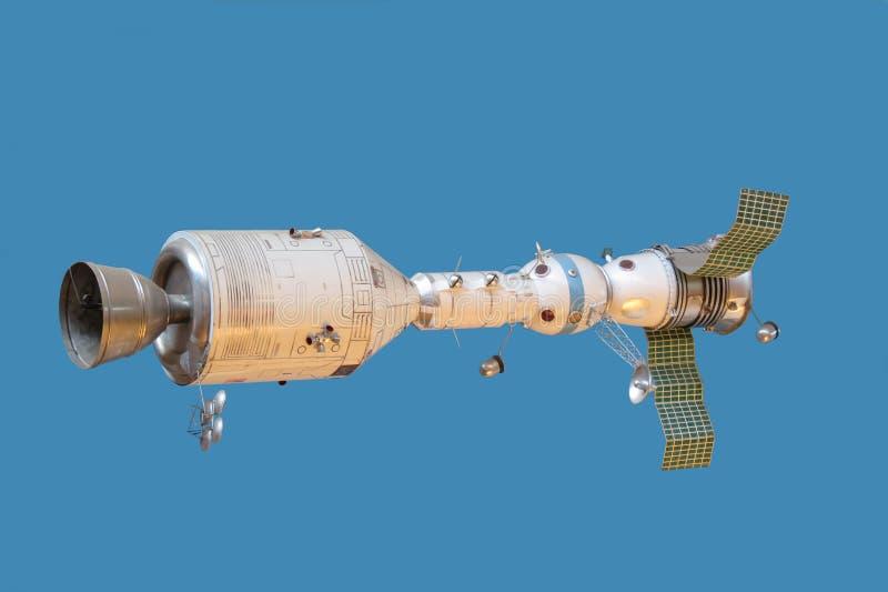 Naves espaciais conectadas modelo Apollo e Soyuz fotografia de stock