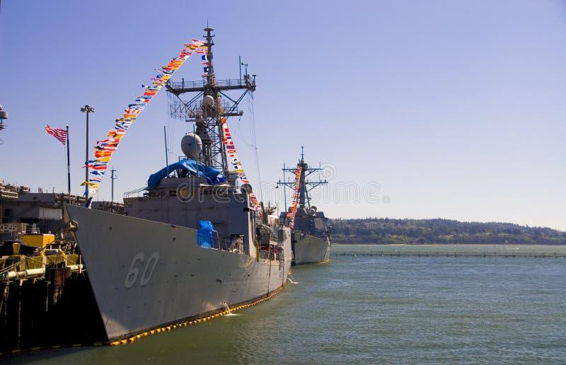 Navi di battaglia del distruttore del blu marino fotografia stock libera da diritti