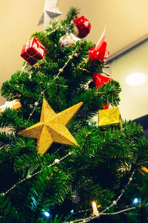 Download Navidad foto de archivo. Imagen de invierno, decoración - 100528794