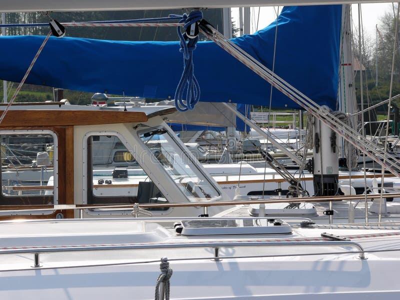 Download Navigação imagem de stock. Imagem de sailing, cais, passatempo - 526181