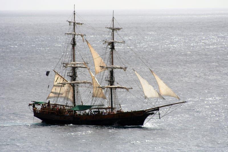 Navigação do navio de pirata imagem de stock royalty free