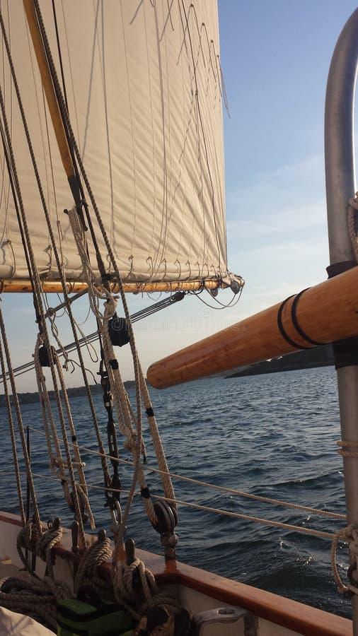 Navigação na baía em Portland fotos de stock royalty free