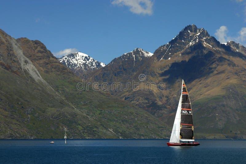 Navigação no lago do watakipu fotos de stock royalty free