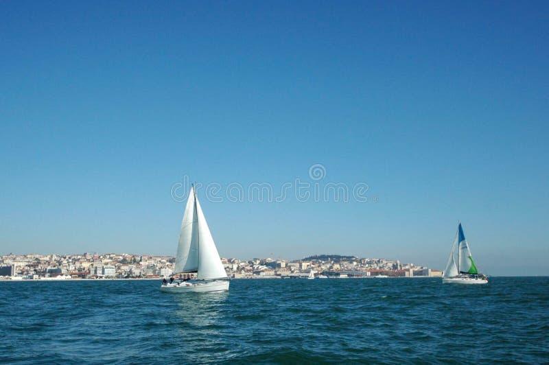 Navigando & girare a Lisbona Portogallo immagine stock libera da diritti