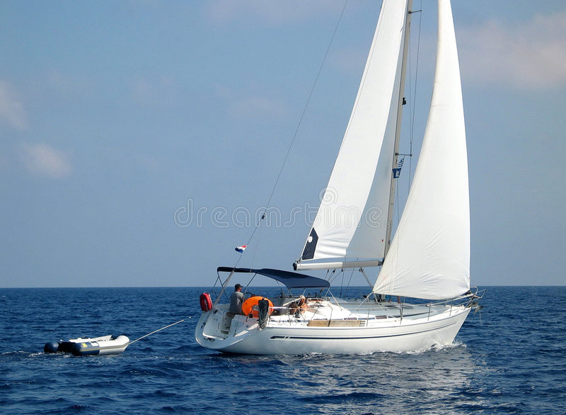 Navigando vicino a Corfù fotografie stock