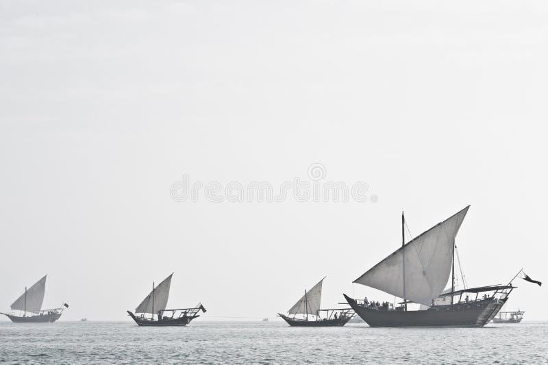 Navigation Arabe de dhaw hors du brouillard photo libre de droits