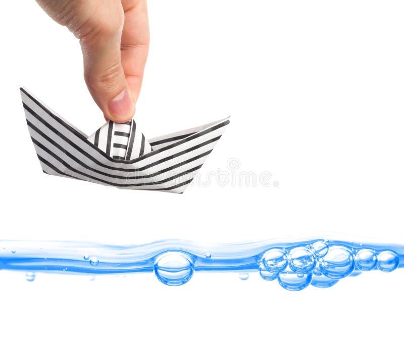 Navigation de papier de bateau loin image stock