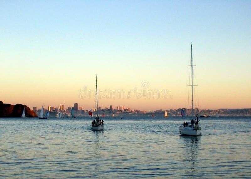 Download Navigation de SF image stock. Image du voile, bateau, amusement - 64139