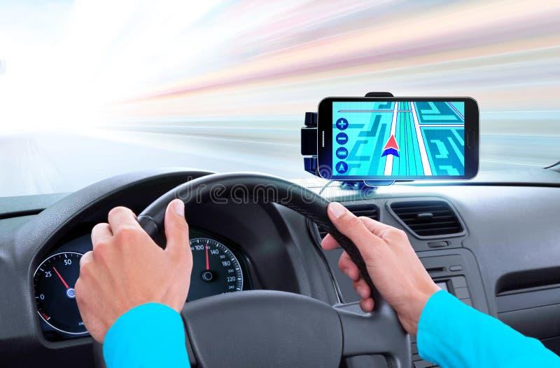 Navigator op dashboard van auto stock fotografie
