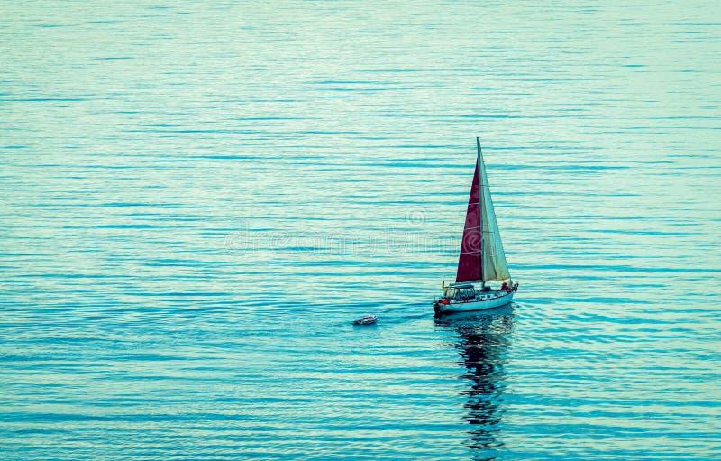 Navigazione della barca a vela fotografie stock