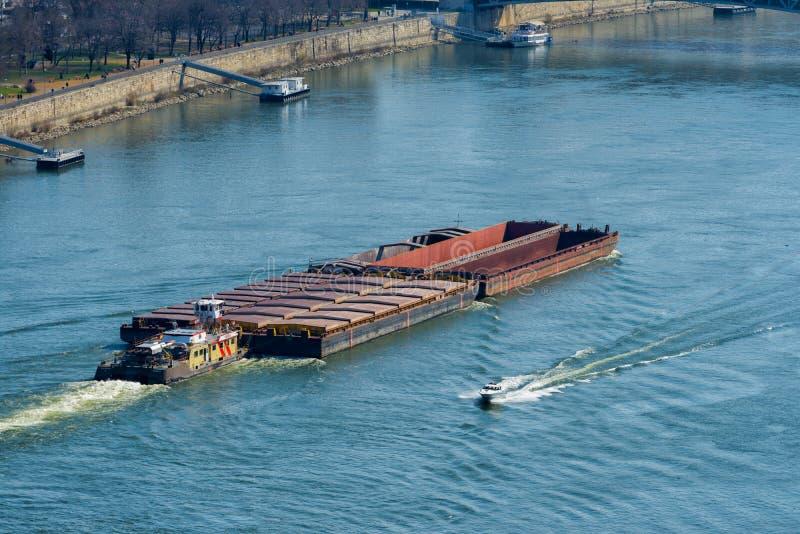 Navigazione lunga della nave porta-container immagine stock libera da diritti