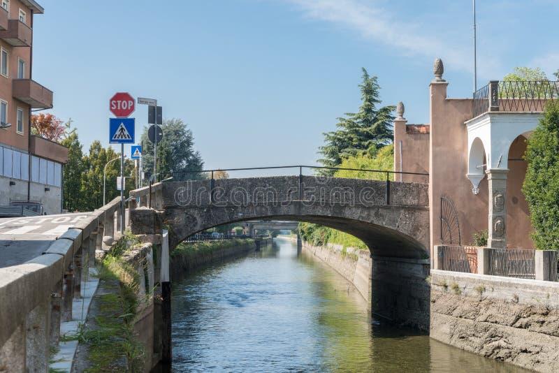 Naviglio Martesana in Lombardije, Italië royalty-vrije stock fotografie