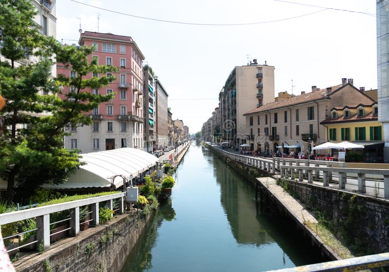 Naviglio storslagen kanal, Milan, Italien royaltyfria foton
