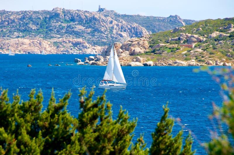 Baie de Gabbiani de dei d'Isola, La Maddalena Sardaigne Italie des Palaos images stock