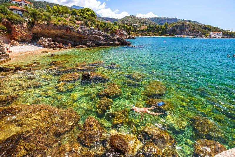 Naviguer au schnorchel en Mani Greece photos stock
