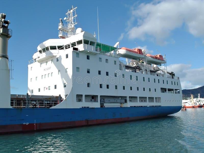 Download Navio imagem de stock. Imagem de navio, parte, frete, oceano - 10909