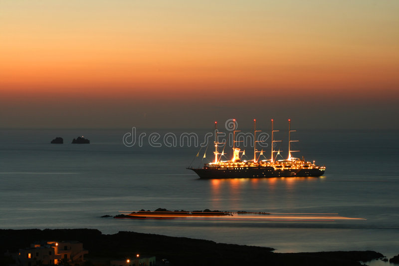 Navio alto, Paros, Greece foto de stock royalty free