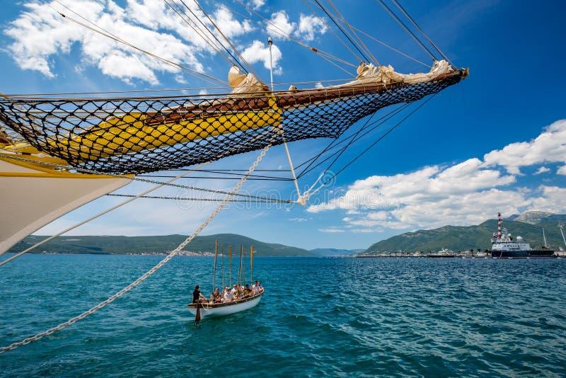 Navio da fragata da navigação do vintage que treina Montenegro imagem de stock royalty free