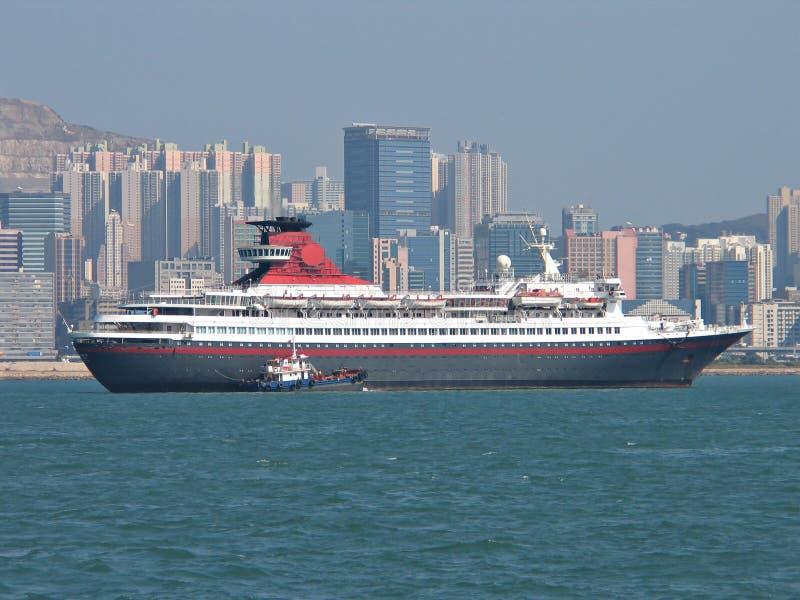 Download Navio de cruzeiros imagem de stock. Imagem de porto, preto - 54089