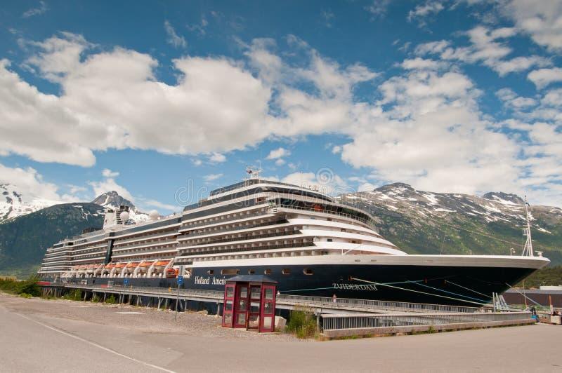 Navio de cruzeiros de Holland América fotos de stock royalty free