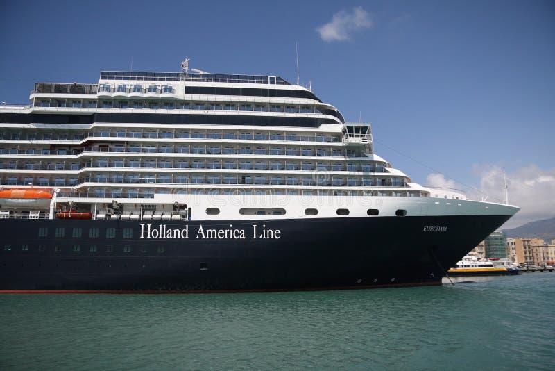 Navio de cruzeiros Eurodam no porto de Trapani imagem de stock royalty free