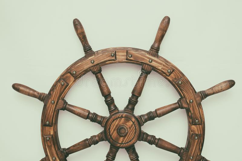 Navio de direção da roda de mão no fundo branco fotografia de stock royalty free