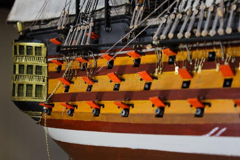 Navio de madeira do coletor do brinquedo reduzido em tamanho fotografia de stock