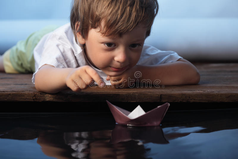 Navio de papel foto de stock