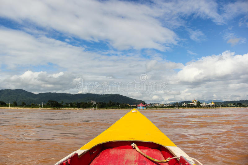 Download Navio De Passageiro Tailandês Foto de Stock - Imagem de tailândia, viewpoint: 29847948