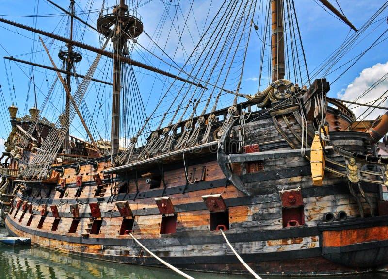 Navio de pirata velho fotografia de stock royalty free