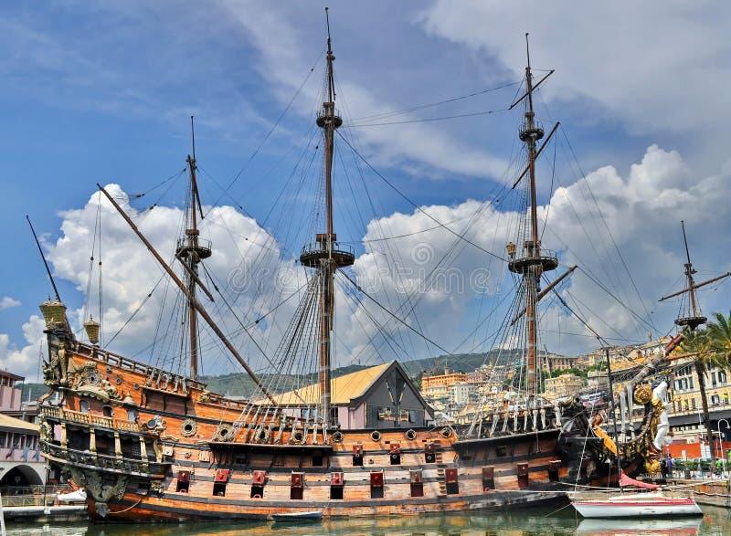 Navio de pirata velho imagens de stock