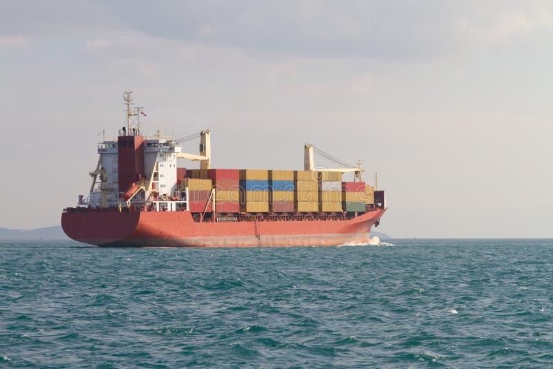 Download Navio de recipiente imagem de stock. Imagem de indústria - 29826453