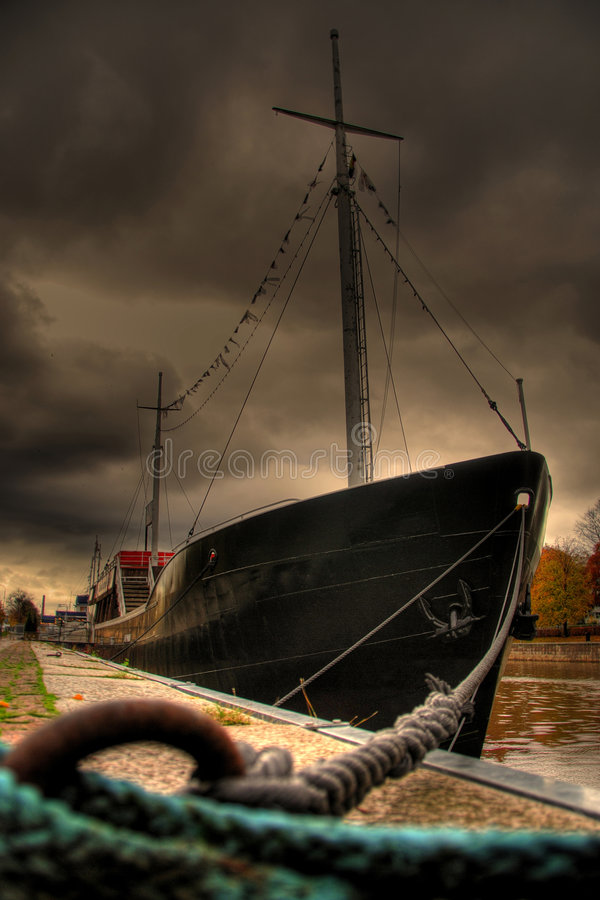Navio em Turku - Finlandia imagens de stock royalty free