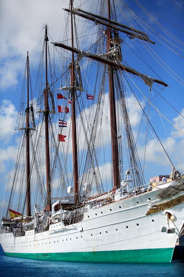 Navio espanhol enorme da vela foto de stock