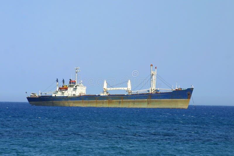 Navio no mar Mediterrâneo fotografia de stock royalty free
