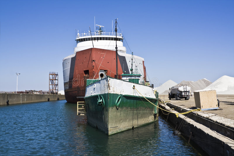 Navios em Erie fotografia de stock royalty free