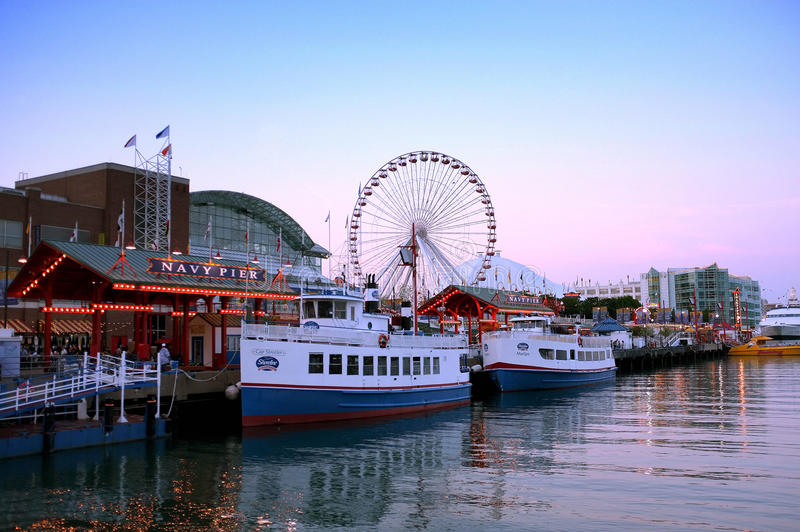 Download Navy pier Chicago editorial photography. Image of travel - 31231632