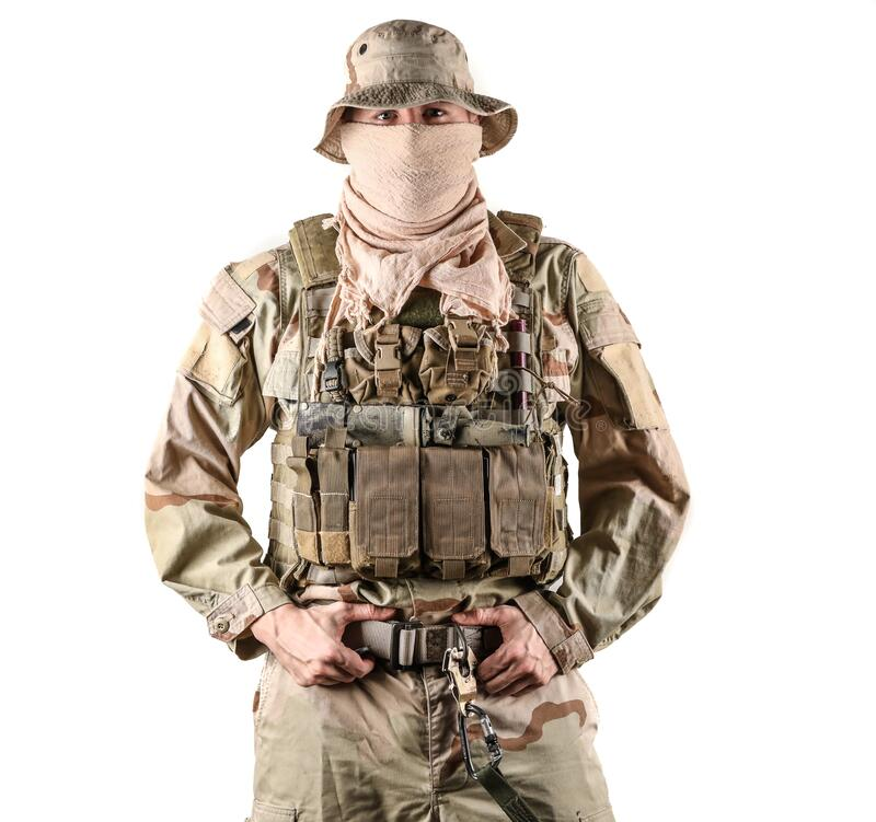 Free Navy Seal Specialist In Combat Gear With His Hands On His Belt Posing In Front Of Camera Stock Image - 196435231