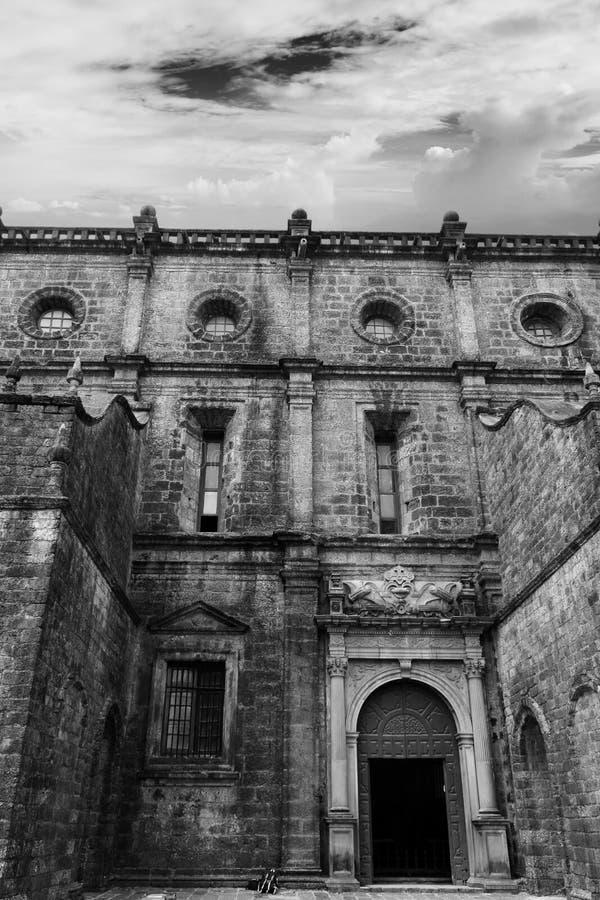 Nawiedzać antyczne fort katedry ruiny zdjęcie stock