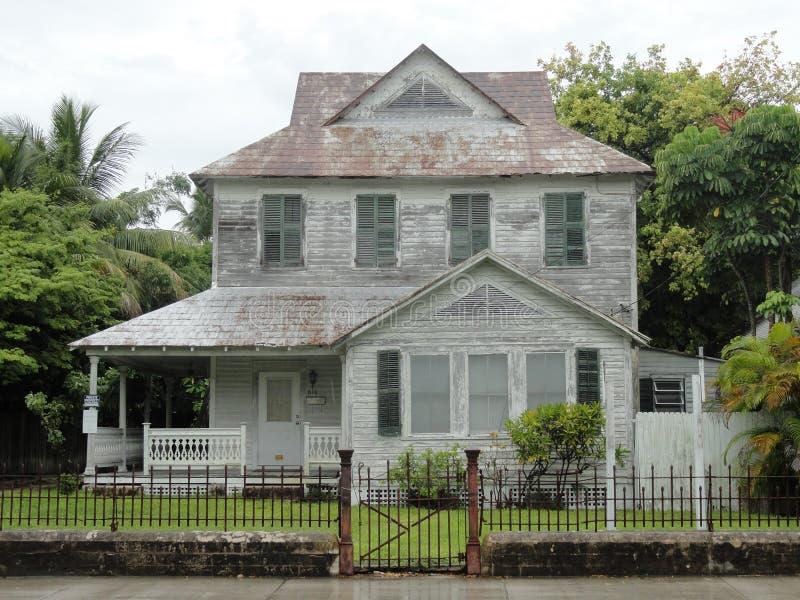 Download Nawiedzający dom w Floryda zdjęcie stock. Obraz złożonej z drewno - 53783644