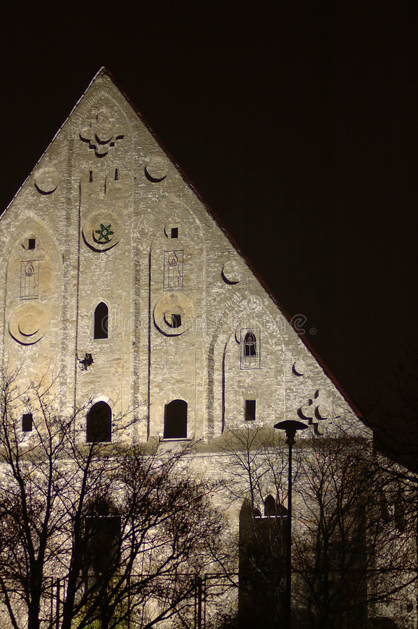 Download Nawiedzony 2 zdjęcie stock. Obraz złożonej z monaster, halloweens - 41266
