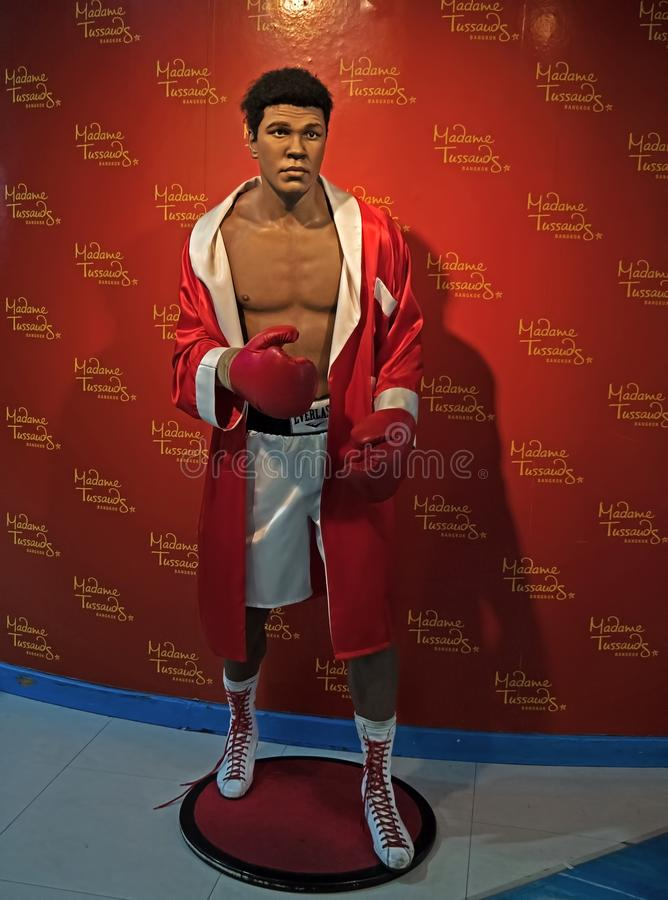 Nawoskuje statuę Muhammad Ali od Madame Tussauds Eksponujący przy Siam Paragon zakupy centrum handlowym zdjęcia stock